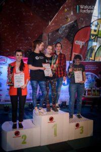 AZS UMK Toruń. Sekcja wspinaczki sportowej. Kobiety na 3 miejscu (fot. Walusza Fotografia)